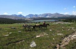 beautiful-views-mountian-vacation-wyoming