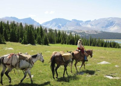 drop-pack-trip-mountains-wyoming